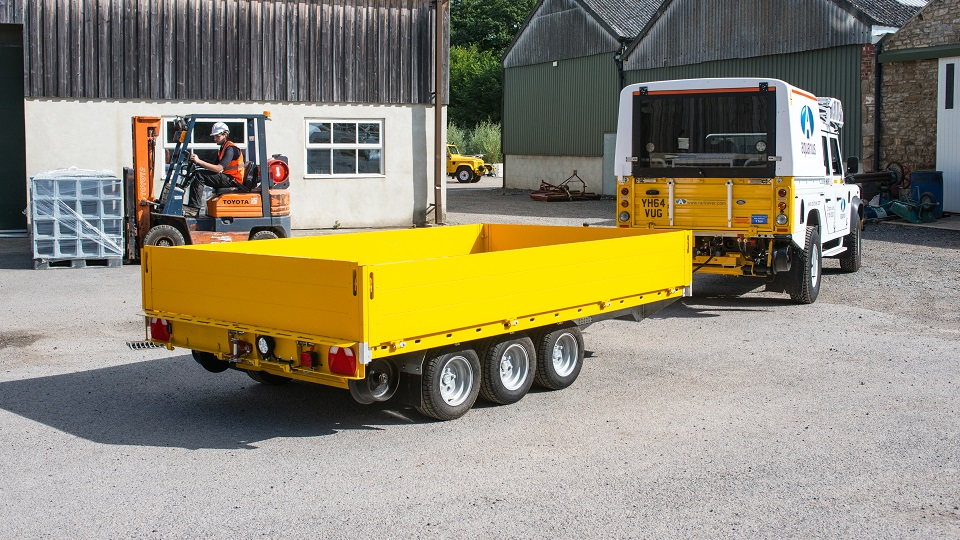 Road2Rail Trailer with Drop Sides